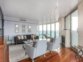Photo 4: 1004 1000 BEACH Avenue in Vancouver: Yaletown Condo for sale (Vancouver West)  : MLS®# R2356596