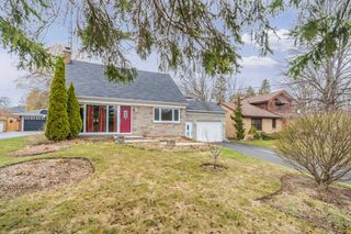 Main Photo: 908 Regent Drive in Oshawa: Eastdale House (2-Storey) for sale : MLS®# E4413162