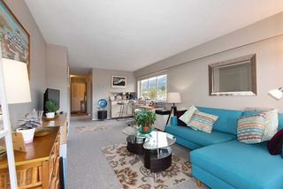 "Photo 9: 808 150 24 Street in West Vancouver: Dundarave Condo for sale in ""Seastrand"" : MLS®# R2359015"
