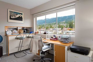 "Photo 11: 808 150 24 Street in West Vancouver: Dundarave Condo for sale in ""Seastrand"" : MLS®# R2359015"