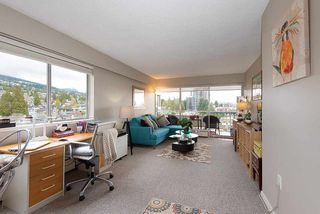 "Photo 4: 808 150 24 Street in West Vancouver: Dundarave Condo for sale in ""Seastrand"" : MLS®# R2359015"