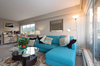 "Photo 10: 808 150 24 Street in West Vancouver: Dundarave Condo for sale in ""Seastrand"" : MLS®# R2359015"