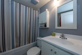 "Photo 9: 305 3939 HASTINGS Street in Burnaby: Vancouver Heights Condo for sale in ""THE SIENNA"" (Burnaby North)  : MLS®# R2359250"
