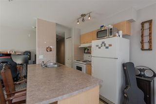 "Photo 8: 305 3939 HASTINGS Street in Burnaby: Vancouver Heights Condo for sale in ""THE SIENNA"" (Burnaby North)  : MLS®# R2359250"