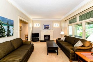 Photo 2: 737 W 26 Avenue in Vancouver: Cambie House for sale (Vancouver West)  : MLS®# R2364784