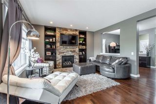 Photo 3: 8428 16A Avenue in Edmonton: Zone 53 House for sale : MLS®# E4159643