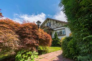 Photo 3: 1130 W 29TH Avenue in Vancouver: Shaughnessy House for sale (Vancouver West)  : MLS®# R2376205