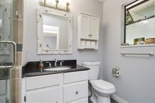"""Photo 17: 2107 126 Street in Surrey: Crescent Bch Ocean Pk. House for sale in """"Ocean Cliff"""" (South Surrey White Rock)  : MLS®# R2376006"""