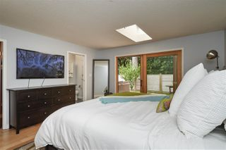 """Photo 16: 2107 126 Street in Surrey: Crescent Bch Ocean Pk. House for sale in """"Ocean Cliff"""" (South Surrey White Rock)  : MLS®# R2376006"""