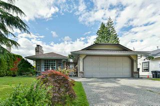 Photo 1: 15775 95 Avenue in Surrey: Fleetwood Tynehead House for sale : MLS®# R2389310