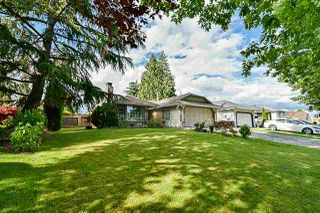 Photo 2: 15775 95 Avenue in Surrey: Fleetwood Tynehead House for sale : MLS®# R2389310