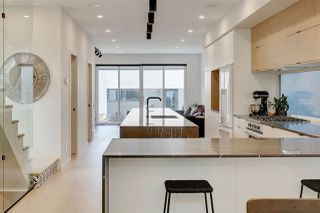 Photo 3: 10534 133 Street in Edmonton: Zone 11 House for sale : MLS®# E4170299