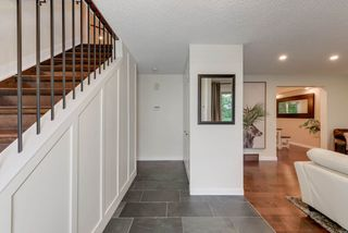Photo 2: 115 WESTRIDGE Road in Edmonton: Zone 22 House for sale : MLS®# E4173042