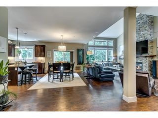 """Photo 12: 23036 134 Loop in Maple Ridge: Silver Valley House for sale in """"Hampstead"""" : MLS®# R2403799"""