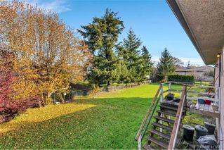 Photo 19: 4335 Savoy Place in VICTORIA: SW Royal Oak Single Family Detached for sale (Saanich West)  : MLS®# 417640