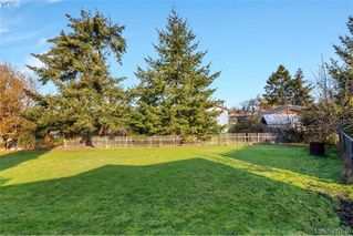 Photo 31: 4335 Savoy Place in VICTORIA: SW Royal Oak Single Family Detached for sale (Saanich West)  : MLS®# 417640