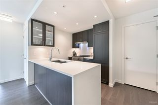 Photo 17: 619 5665 BOUNDARY Road in Vancouver: Collingwood VE Condo for sale (Vancouver East)  : MLS®# R2462217