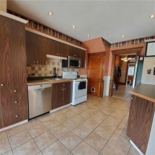 Photo 4: 51 Cedar Street in Cambridge: House (3-Storey) for sale : MLS®# X4786994
