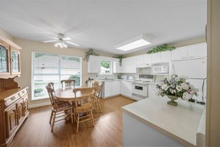 """Photo 9: 104 10172 141 Street in Surrey: Whalley Townhouse for sale in """"Camberly Green"""" (North Surrey)  : MLS®# R2475447"""