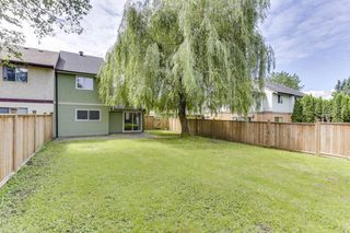 Photo 1: 34817 GLENN MOUNTAIN Drive in Abbotsford: Abbotsford East 1/2 Duplex for sale : MLS®# R2518613
