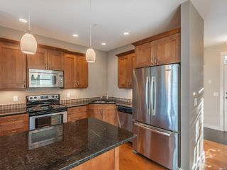 Photo 7: 6162 Arlin Pl in : Na North Nanaimo Row/Townhouse for sale (Nanaimo)  : MLS®# 861346