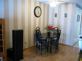 Photo 9: 98 GREENSBORO Square in WINNIPEG: Fort Garry / Whyte Ridge / St Norbert Residential for sale (South Winnipeg)  : MLS®# 1103107