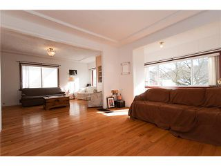 "Photo 3: 4689 GOTHARD Street in Vancouver: Collingwood VE House for sale in ""COLLINGWOOD"" (Vancouver East)  : MLS®# V872513"