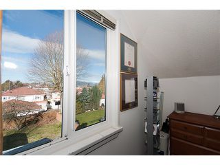 "Photo 8: 4689 GOTHARD Street in Vancouver: Collingwood VE House for sale in ""COLLINGWOOD"" (Vancouver East)  : MLS®# V872513"