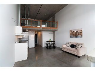 """Photo 3: 422 289 ALEXANDER Street in Vancouver: Hastings Condo for sale in """"THE EDGE"""" (Vancouver East)  : MLS®# V890176"""