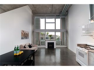 """Photo 2: 422 289 ALEXANDER Street in Vancouver: Hastings Condo for sale in """"THE EDGE"""" (Vancouver East)  : MLS®# V890176"""