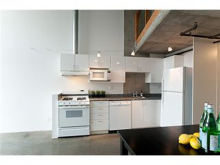 """Photo 4: 422 289 ALEXANDER Street in Vancouver: Hastings Condo for sale in """"THE EDGE"""" (Vancouver East)  : MLS®# V890176"""