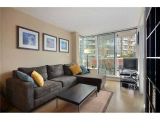 """Photo 2: 603 550 TAYLOR Street in Vancouver: Downtown VW Condo for sale in """"THE TAYLOR"""" (Vancouver West)  : MLS®# V905362"""