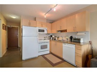 """Photo 3: 603 550 TAYLOR Street in Vancouver: Downtown VW Condo for sale in """"THE TAYLOR"""" (Vancouver West)  : MLS®# V905362"""