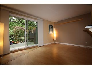 "Photo 5: 11 460 W 16TH Avenue in Vancouver: Cambie Townhouse for sale in ""Cambie Square"" (Vancouver West)  : MLS®# V1054620"