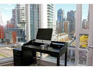 "Photo 32: 1006 1438 RICHARDS Street in Vancouver: Yaletown Condo for sale in ""AZURA"" (Vancouver West)  : MLS®# V1055903"