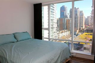 "Photo 7: 1006 1438 RICHARDS Street in Vancouver: Yaletown Condo for sale in ""AZURA"" (Vancouver West)  : MLS®# V1055903"