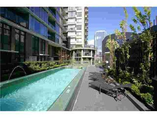 """Photo 7: 1011 788 RICHARDS Street in Vancouver: Downtown VW Condo for sale in """"L'HERMITAGE"""" (Vancouver West)  : MLS®# V1070405"""