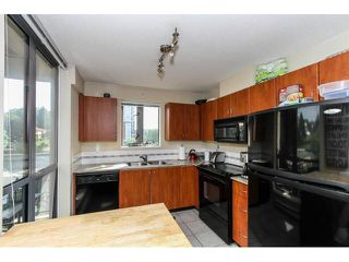 "Photo 3: 1004 850 ROYAL Avenue in New Westminster: Downtown NW Condo for sale in ""THE ROYALTON"" : MLS®# V1122569"