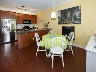"Photo 5: 310 1375 VIEW Crescent in Tsawwassen: Beach Grove Condo for sale in ""FAIRVIEW 56"" : MLS®# V1125521"