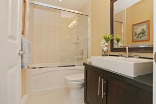 """Photo 17: 33 3009 156TH Street in Surrey: Grandview Surrey Townhouse for sale in """"KALLISTO"""" (South Surrey White Rock)  : MLS®# F1444540"""