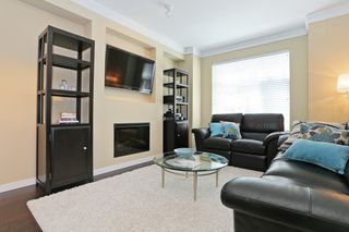 """Photo 2: 33 3009 156TH Street in Surrey: Grandview Surrey Townhouse for sale in """"KALLISTO"""" (South Surrey White Rock)  : MLS®# F1444540"""