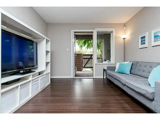 """Photo 10: 107 5885 IRMIN Street in Burnaby: Metrotown Condo for sale in """"MACPHERSON WALK"""" (Burnaby South)  : MLS®# V1133409"""