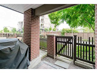 """Photo 15: 107 5885 IRMIN Street in Burnaby: Metrotown Condo for sale in """"MACPHERSON WALK"""" (Burnaby South)  : MLS®# V1133409"""