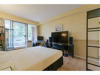 "Photo 9: 404 6888 STATION HILL Drive in Burnaby: South Slope Condo for sale in ""SAVOY CARLETON"" (Burnaby South)  : MLS®# V1140182"