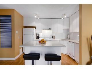 Photo 11: 808 ROYAL AV SW in Calgary: Lower Mount Royal Condo for sale : MLS®# C4030313