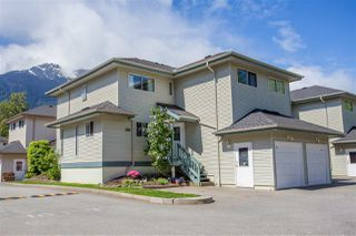 Photo 2: 28 41449 GOVERNMENT Road in Squamish: Brackendale Townhouse for sale : MLS®# R2061770