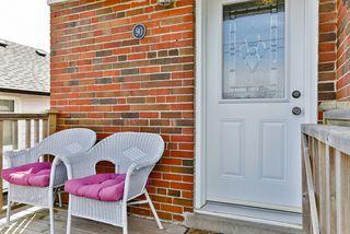 Photo 2: 90 Aylesworth Avenue in Toronto: Birchcliffe-Cliffside House (Bungalow) for sale (Toronto E06)  : MLS®# E3476957