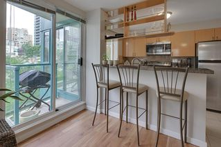 "Photo 6: 602 939 HOMER Street in Vancouver: Yaletown Condo for sale in ""PINNACLE"" (Vancouver West)  : MLS®# R2065110"
