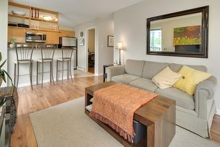 "Photo 8: 602 939 HOMER Street in Vancouver: Yaletown Condo for sale in ""PINNACLE"" (Vancouver West)  : MLS®# R2065110"
