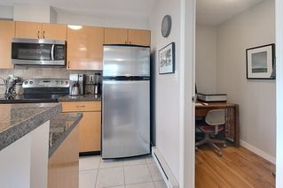"Photo 4: 602 939 HOMER Street in Vancouver: Yaletown Condo for sale in ""PINNACLE"" (Vancouver West)  : MLS®# R2065110"